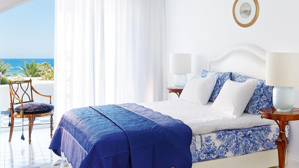 Open Plan Junior Suite Sea View|Master Bedroom Suite with private covered veranda