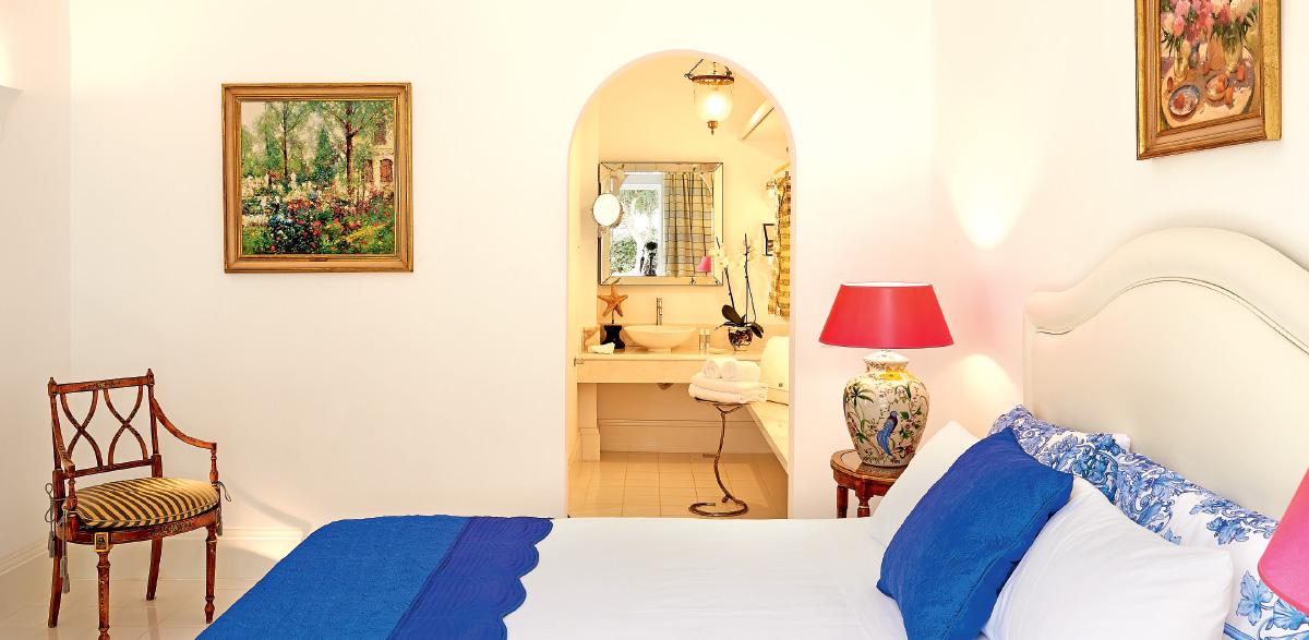 01-luxury-bungalow-suite-garden-view-luxury-accommodation-in-crete