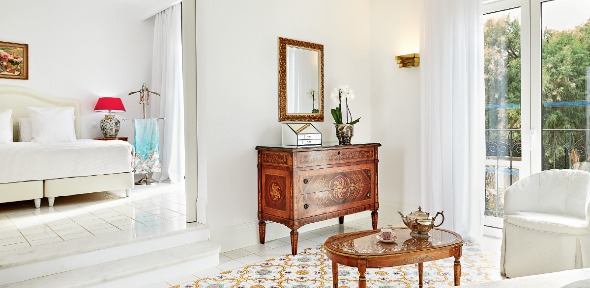 02-luxury-bungalow-suite-garden-view-luxury-accommodation-in-rethymno-crete