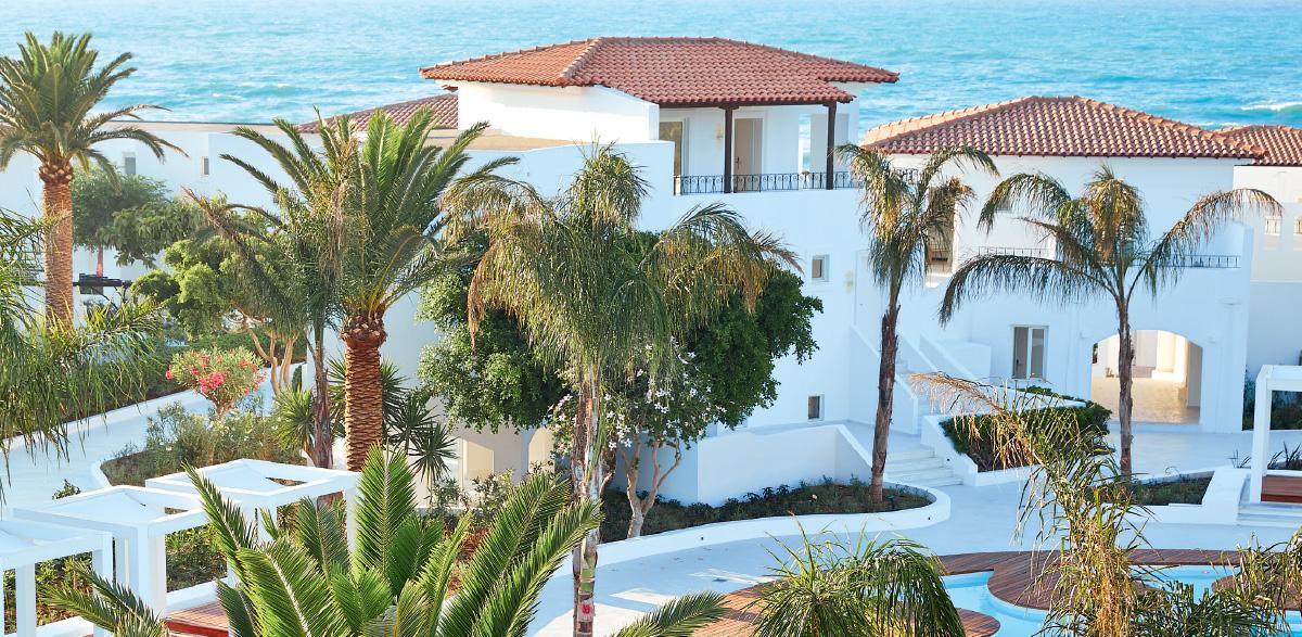 03-luxury-bungalow-suite-garden-view-luxury-holidays-in-crete