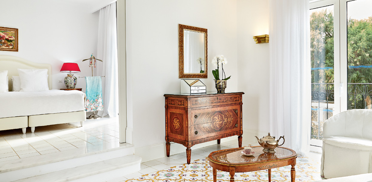 01-caramel-beach-resort-luxury-bungalow-suite-garden-view-crete
