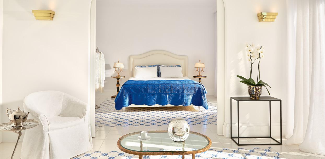 01-caramel-beach-luxury-resort-family-suite-main-house