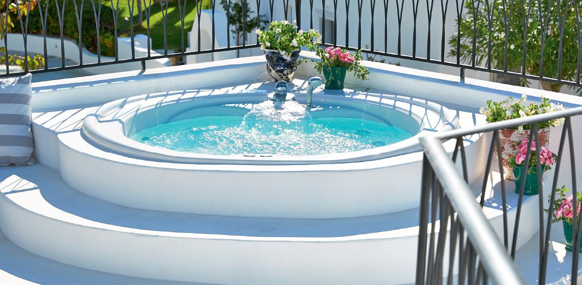 10-3-bedroom-luxury-villa-sea-view-caramel-luxury-resort-in-greece
