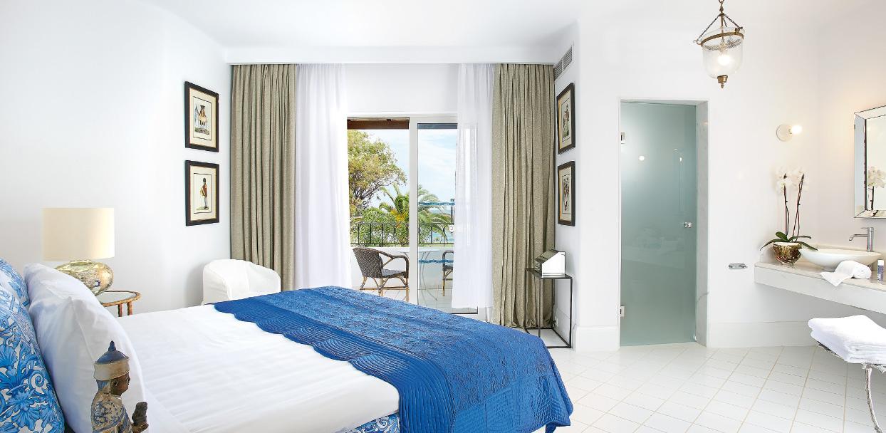 01-caramel-beach-resort-3-bedroom-luxury-villa-crete