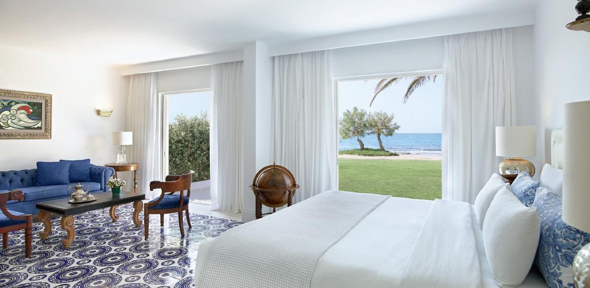 01-3-bedroom-maisonette-beach-villa-luxury-accommodation-in-crete