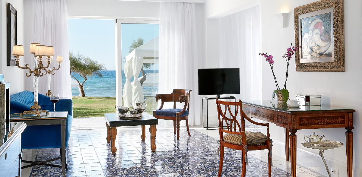 04-3-bedroom-maisonette-beach-villa-sae-view-luxury-accommodation-in-crete