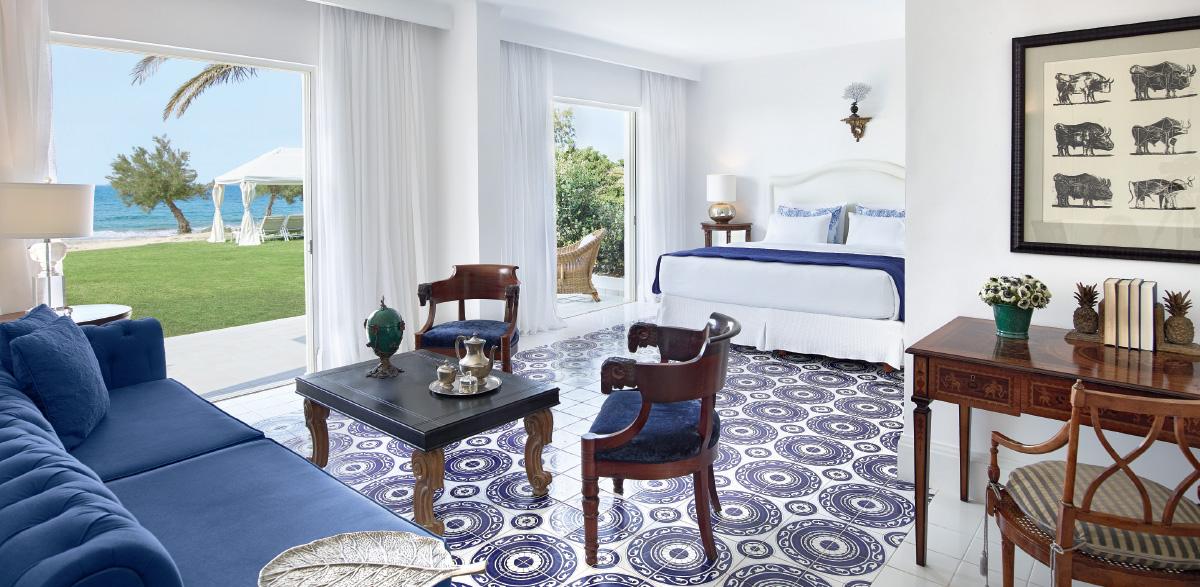 05-3-bedroom-maisonette-beach-villa-sea-view-luxury-holidays-in-crete