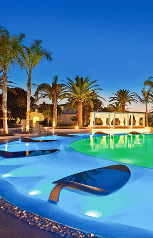 04-luxury-vacation-by-the-poolside-in-caramel-resort-crete