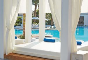 08-pools-in-caramel-luxury-resort-in-crete-28428
