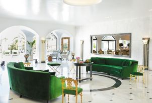 18-luxurious-interiors-of-the-lobby-bar-in-grecotel-caramel-boutique-resort-in-greece-for-elegant-holidays