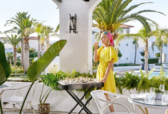 02-dine-and-experience-greek-al-fresco-gastronomy-in-grecotel-caramel-boutique-resort