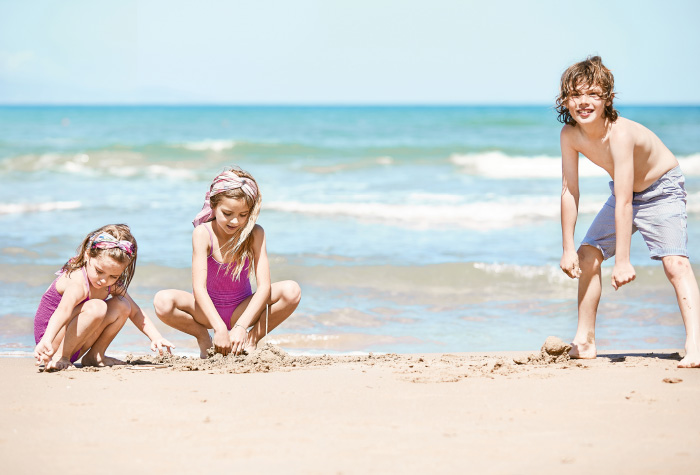 13-family-kids-activities-and-adventures-at-the-beach-in-grecotel-caramel-boutique-resort