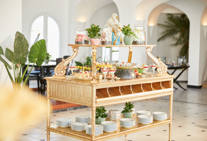 05-kids-dining-and-desserts-in-caramel-the-resaturant-buffet-in-caramel-grecotel-resort-in-greece